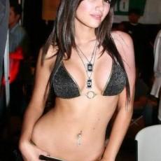 acemi rusun ilk seks deneyimi benimle oldu